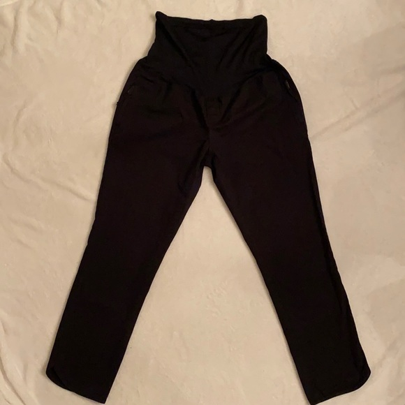 Gap Maternity Stretch Black Capris